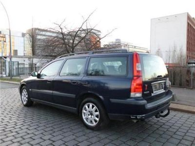 verkauft volvo v70 kombi gebraucht 2001 km in hamburg. Black Bedroom Furniture Sets. Home Design Ideas