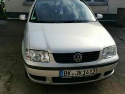 käytetty VW Polo TÜV bis Juni 2019