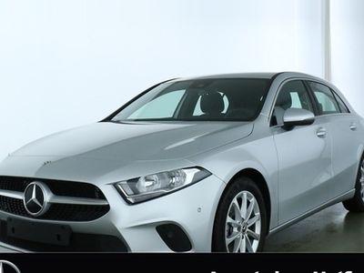 gebraucht Mercedes A200 Progressive **Navi Premium/Park-Assistent