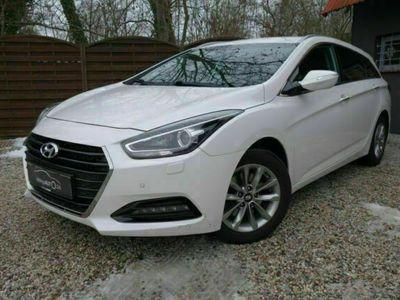 gebraucht Hyundai i40 1.7 CRDi Trend DCT Automatik Sitzheizg Xenon Navi