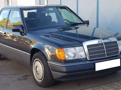 używany Mercedes 220 Automatik ZV W124 E Klasse