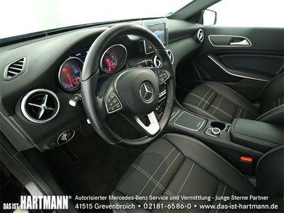 gebraucht Mercedes A180 Urban+Navi+PTS+Panorama+SHZ+LED High Perf
