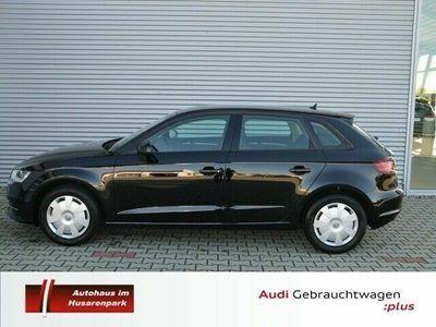 gebraucht Audi A3 Sportback 1.2 TFSI Attraction *Sitzheizung, N