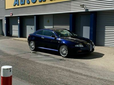 gebraucht Alfa Romeo GT 1.9 JTD Tüv neu