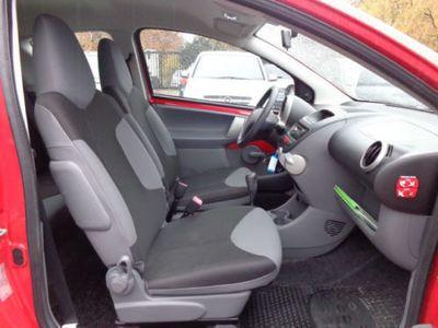 gebraucht Peugeot 107 Petit Filou *Wenig KM+8x Bereift+TOP*