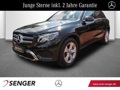 gebraucht Mercedes GLC250 4M Exclusive Navi LED Parkassistent Shzg