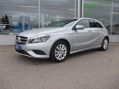 gebraucht Mercedes A180 Style m. aktiver Park-Assistent+Sitzheizg.