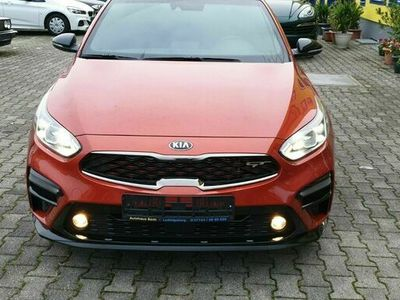gebraucht Kia cee'd Sportswagon ( K 3 ) 1.6 Turbo 200PS EU 6 als Sportwagen/Coupé in Ludwigsburg