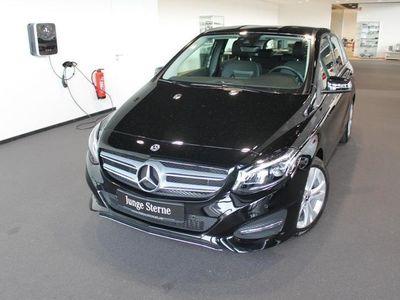 gebraucht Mercedes B180 Urban+Navi+LED+PDC+SHZ+Licht&Sicht+Spiegel
