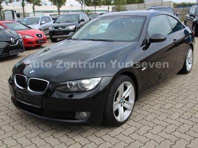 gebraucht BMW 320 Coupe i *SHZ*LMF*XENON*KLIMAAUT*