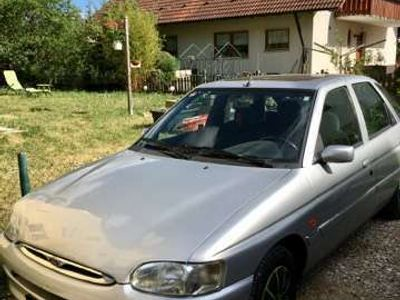 gebraucht Ford Escort 16V Ghia