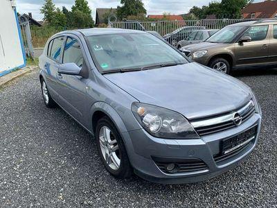 gebraucht Opel Astra Edition H Lim. NAVI