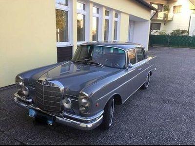 gebraucht Mercedes W111 S-Klasse230 S große Heckflosse