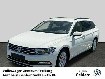 gebraucht VW Passat Variant Comfortline 2.0 TDI R-Line Navi Keyless Kurvenlicht Massagesitze