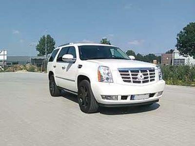 gebraucht Cadillac Escalade 6.2 V8 Elegance AHK, Pins LPG