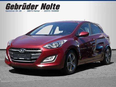 gebraucht Hyundai i30 1.6 GDi Trend | 8fach bereift | Anhängerkupplung