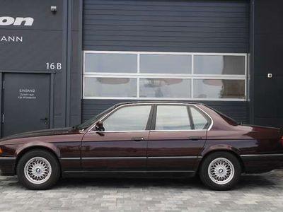 gebraucht BMW 740 i Automatik (E32), scheckheftgepflegt, Standhz,PDC
