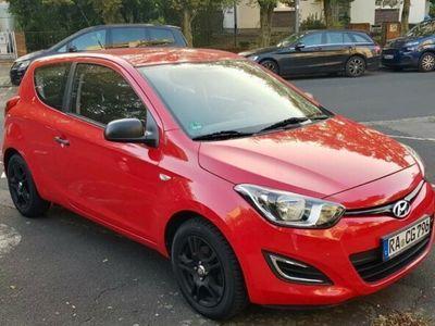 gebraucht Hyundai i20 Alufelgen Neue TÜV/HU Aux Einparkhilfe