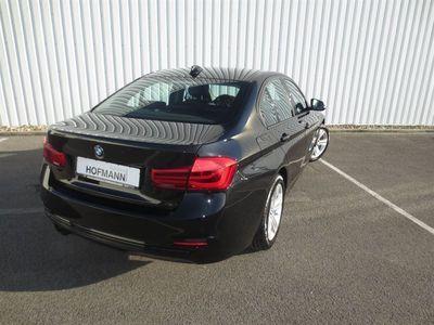 gebraucht BMW 320 d Sport Line A/LED/Navi/SLI/Alarm/DL/Leder