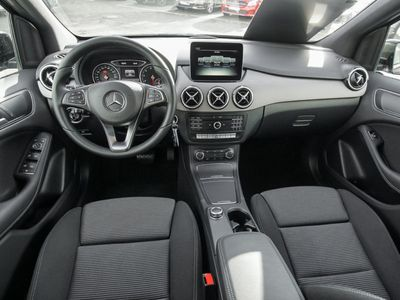 gebraucht Mercedes B180 Sports Tourer Park-Assist