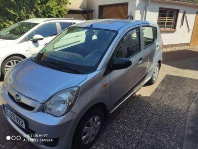 gebraucht Daihatsu Cuore TÜV neu ,8-fach bereift