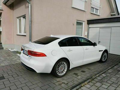 gebraucht Jaguar XE E-Performance R-Sport als Limousine in Remagen