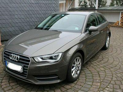gebraucht Audi A3 1.4 TFSI Attraction als Limousine in Dörth