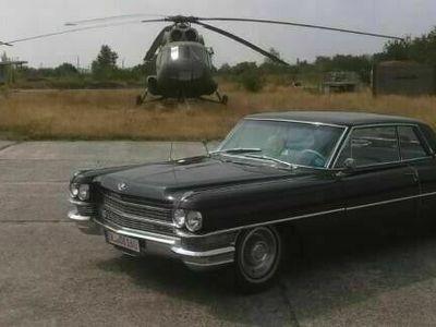 gebraucht Cadillac Coupé DeVille Originalzustand als Sportwagen/Coupé in Großweitzschen