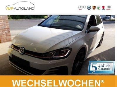 gebraucht VW Golf VII GTI Performance VII 2.0 TSI BMT DSG schwarz