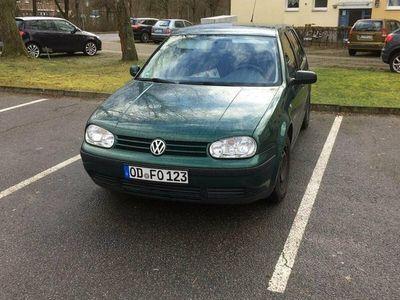 gebraucht VW Golf IV in grün Sofort Abholbar