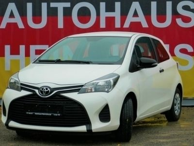gebraucht Toyota Yaris 1.0 3-Türig 99 Gamm CO2/VVTi-5G/Klimaanlag