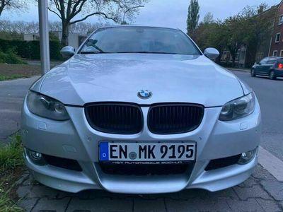 gebraucht BMW 330 330 3er Coupe E92 d Tüv-Neu, Mpaket, Leder, Parksen
