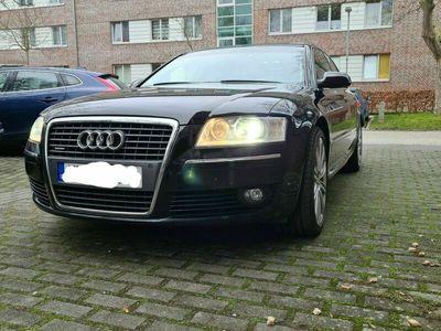 gebraucht Audi A8 4.2 TDI DPF quattro als Limousine in lübeck