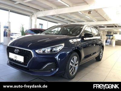 gebraucht Hyundai i30 5-Türer (MJ19) 1.4 Benzin. M/T Edition YES!