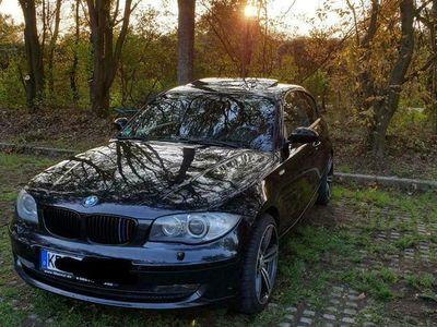 gebraucht BMW 120 Coupé d e87 als Sportwagen/ in Willich