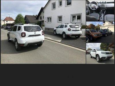 gebraucht Dacia Duster II neues Modell NAVI,AHK, KLIMA,LOOK-Pack! S&S 4x2