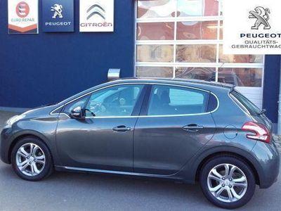 gebraucht Peugeot 208 e-HDi FAP 92 Stop&Start Allure Navi