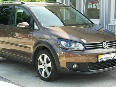 "gebraucht VW Touran CrossTouran+18""ALU+PDC+MFL+AHK+KAM+XEN+1A"