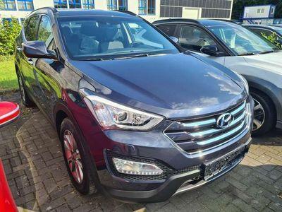 gebraucht Hyundai Santa Fe 2.2 CRDi Premium 4WD M/T 8fach bereift 18'LM