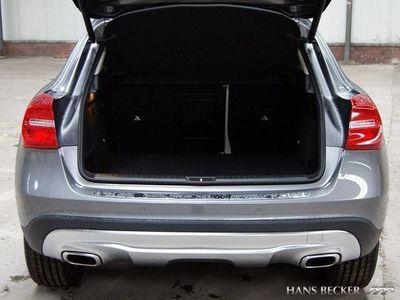 gebraucht Mercedes GLA220 D Urban Navi Xenon AHK Rückfahrkamera