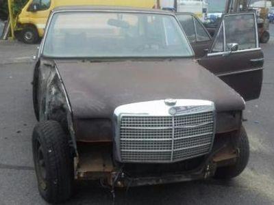 gebraucht Mercedes W114 W115250 200 Strich /8 Limousine Lenkradschaltung
