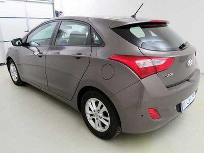 gebraucht Hyundai i30 1.6 GDI Trend (8-fach bereift,PPS,ALU))