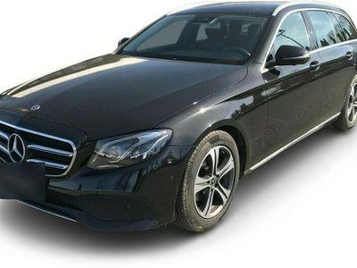 gebraucht Mercedes E220 T Avantgarde AHK+360°+COMAND+EL. HECKKL.