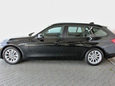 gebraucht BMW 320 d Touring Advantage