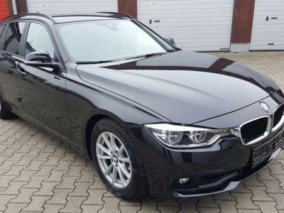 gebraucht BMW 318 D TOURING NAVI,XENON,PDC,MFL,LED,HEAD-UP,PARK