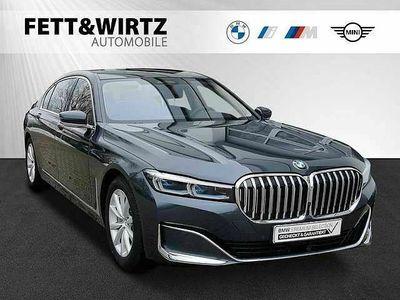gebraucht BMW 745 Neu Le xDrive HUD LiveCockp. Prof. Pano. Laser