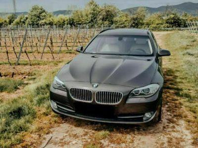 gebraucht BMW 528 i Touring Aut.