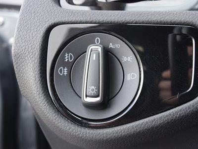 gebraucht VW Golf VII JOIN VII 1.5 TSI BMT | NAVI ACC schwarz