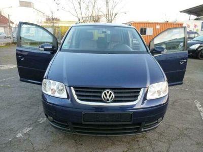 gebraucht VW Touran 1.6 FSI Trendline *Automatik*