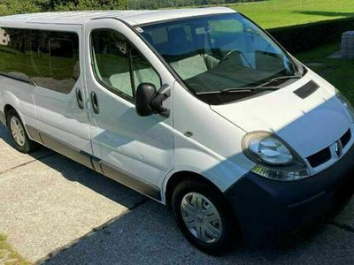 gebraucht Renault Trafic 2.5 dCi L1H1 lang 9 Sitzer